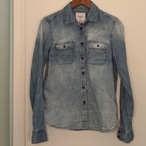 American Eagle Outfitters Distressed Denim Shirt